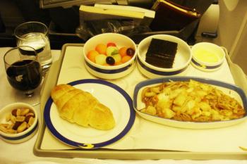 Delhi_to_Beijing_Breakfast.jpg