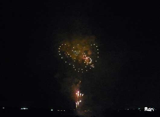 toride_firework_omoshiro1.jpg